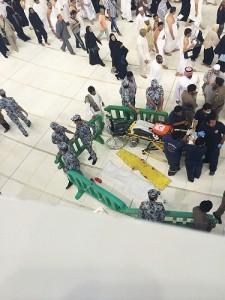 wanita bunuh diri di masjidil haram;