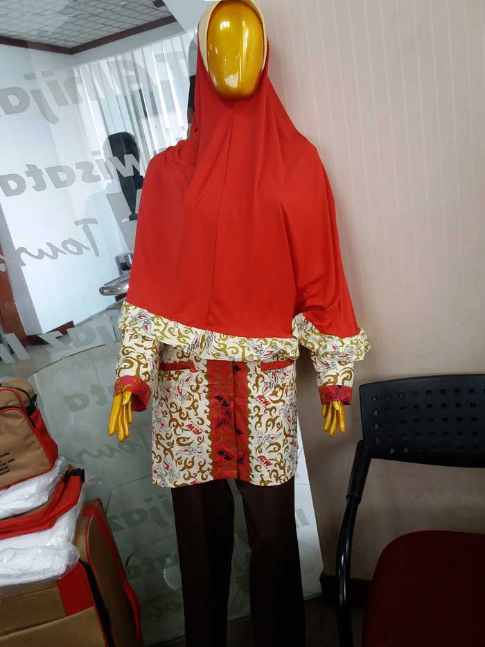 batik-umroh-wanita-alhijaz  55d99ce0e4